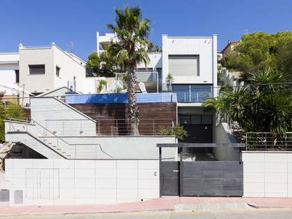 3-bedroom house for sale in Sitges, close to Barcelona