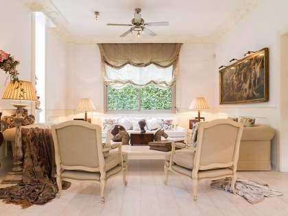 Huis / Villa van 193m² te koop in Esplugues, Barcelona