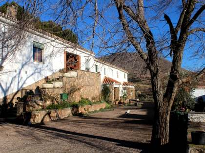 Hunting estate for sale close to Granada, Spain