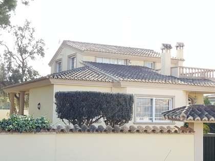 Huis / Villa van 350m² te koop in La Eliana, Valencia
