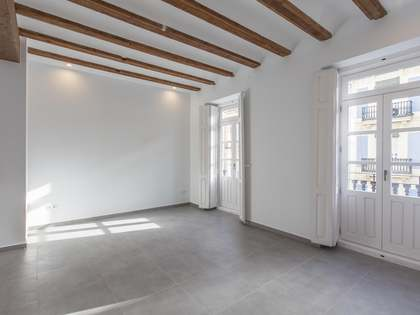 90m² Apartment for rent in Extramurs, Valencia