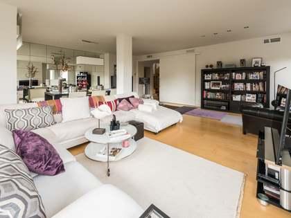 Квартира 350m², 30m² террасa на продажу в Аравака, Мадрид