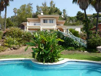 483m² House / Villa with 60m² terrace for sale in East Málaga