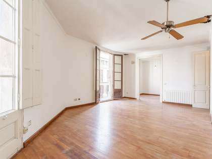 136m² Apartment for sale in El Raval, Barcelona