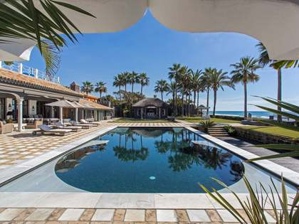 Luxury villa for sale in Los Monteros, East Marbella