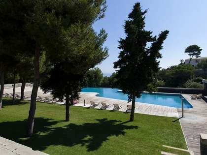 Great duplex apartment for sale just south of Sitges