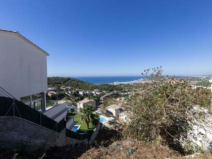 620 m² plot for sale 5 minutes by car from Sitges