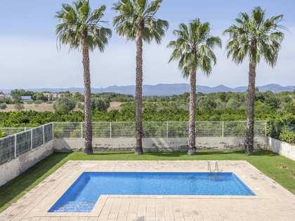 Дом / Вилла 389m² на продажу в Bétera, Валенсия