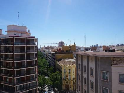 248m² Penthouse for sale in Sant Francesc, Valencia