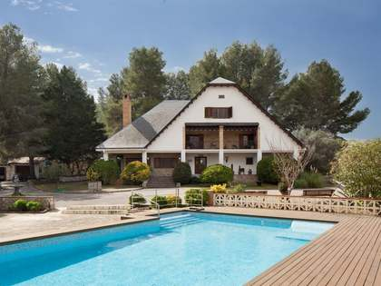 Country house for sale near to Sitges and Barcelona city