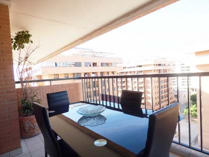 Attractive 3-bedroom apartment for sale on the Valencia Coast