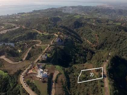 3,134 m² plot for sale in New Golden Mile