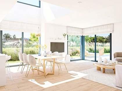 Casa / Villa di 144m² con giardino di 27m² in vendita a golf