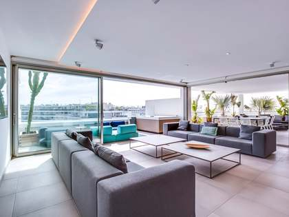 175 m² penthouse with 25 m² terrace for sale in Ibiza Town