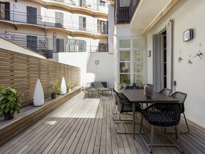 325m² Apartment with 70m² terrace for sale in El Born