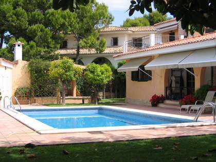 430m² House / Villa for sale in Playa San Juan, Alicante