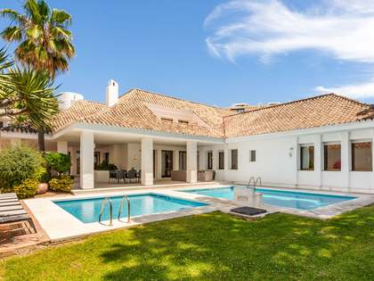 770m² House / Villa for sale in Puerto Banús, Costa del Sol