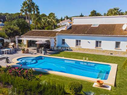 347m² House / Villa for sale in Jávea, Costa Blanca