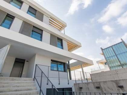 Villa de 340 m² con 200 m² de jardín en venta en Aravaca