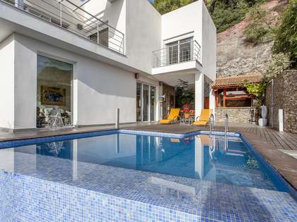 286m² House / Villa for sale in Monte Picayo, Valencia