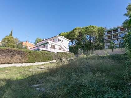Perceel van 428m² te koop in Vallpineda, Barcelona