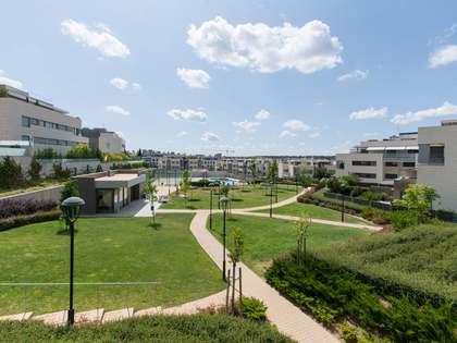 Appartamento di 173m² con 90m² terrazza in vendita a Aravaca