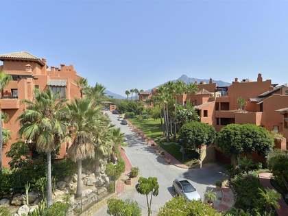 Penthouse van 315m² te koop met 255m² terras in Nueva Andalucía