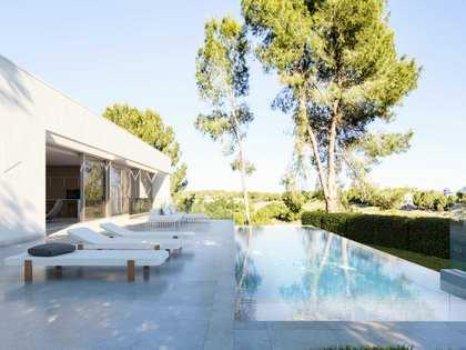 Villa de 150m² con 85m² de terraza en venta en Alicante