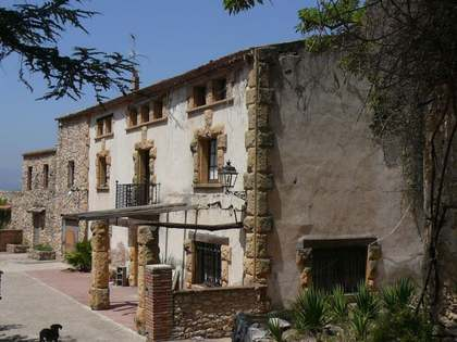 19th century country estate for sale in Tarragona, Spain