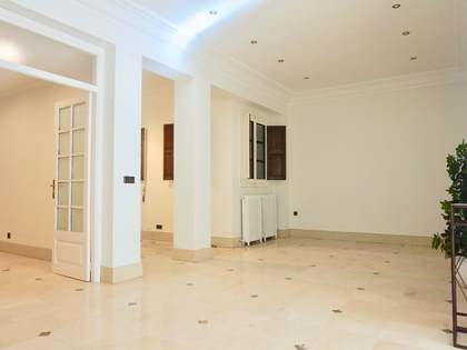 211m² Apartment for sale in La Xerea, Valencia
