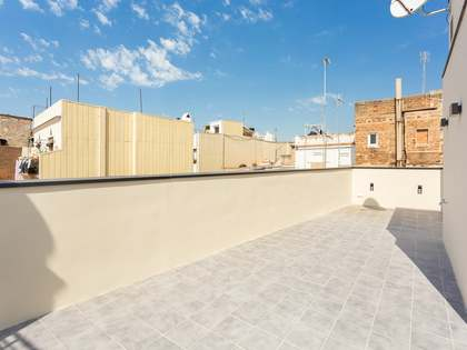 93m² Penthouse with 32m² terrace for sale in El Born
