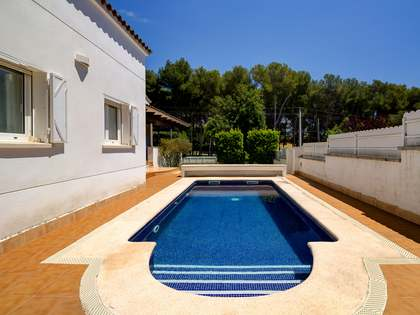 215m² House / Villa for sale in Torredembarra, Tarragona