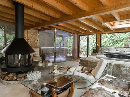 Дом / Вилла 406m² на продажу в Montemar, Барселона