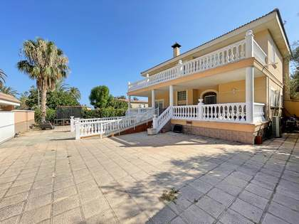 Дом / Вилла 499m², 150m² террасa на продажу в Playa San Juan