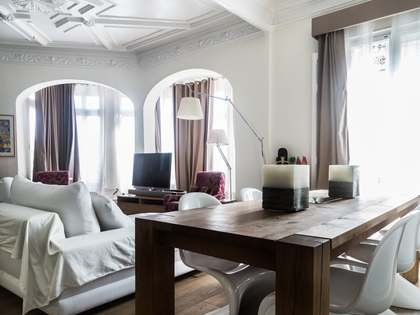 Renovated apartment for sale in Valencia's Eixample district