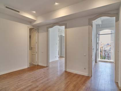 215m² Lägenhet med 10m² terrass till uthyrning i Gran Vía