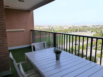83 m² Apartment with terrace for short term rent in Alboraya
