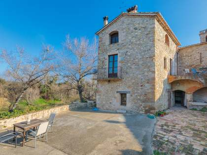 350m² Country house for sale in Pla de l'Estany, Girona