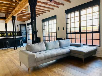 183m² Penthouse with 50m² terrace for sale in Sol, Madrid