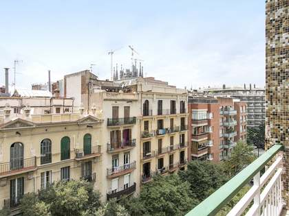 70m² Apartment for sale in Eixample Right, Barcelona