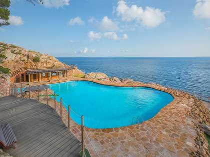 3-bedroom duplex for sale in Sa Tuna, near Begur