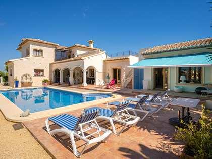 Casa / Vil·la de 374m² en venda a Jávea, Costa Blanca