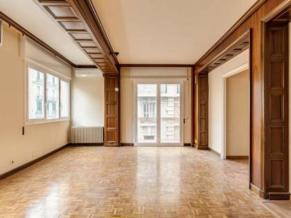 120m² Apartment for sale in Sant Gervasi - Galvany
