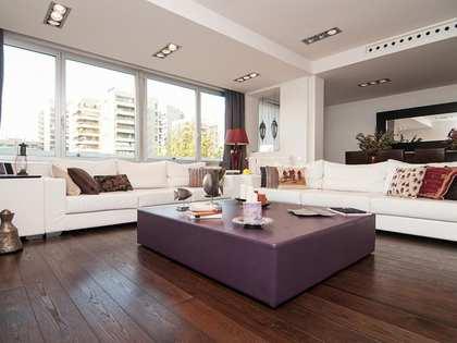 Appartement van 138m² te koop in Les Corts, Barcelona