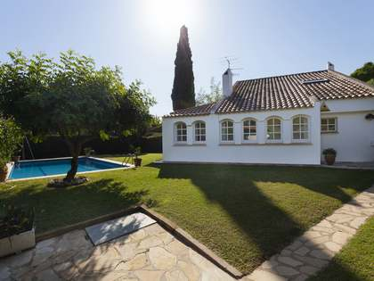 230 m² house for sale in Sant Pere Ribes, Sitges