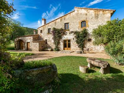 Masia de 628m² en venda a Baix Empordà, Girona