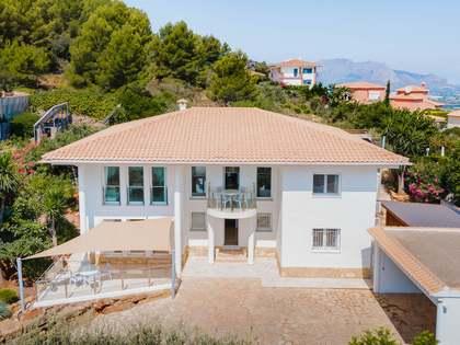 Huis / Villa van te koop in La Sella, Costa Blanca
