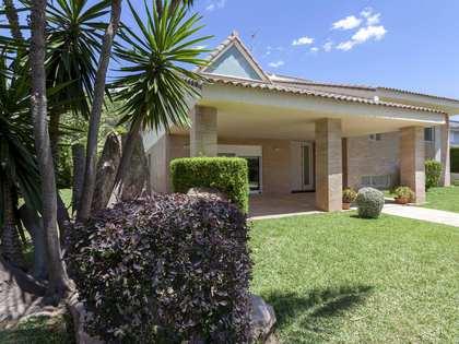 Casa / Villa di 574m² in vendita a La Cañada, Valencia