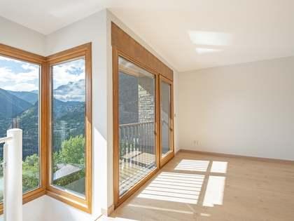 174m² Wohnung zum Verkauf in Escaldes, Andorra