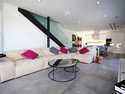 151m² House / Villa with 125m² terrace for sale in Alicante ciudad